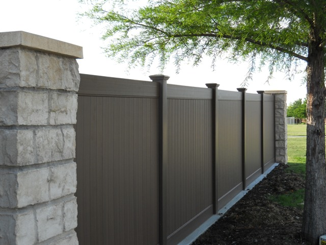 dallas-vinyl-privacy-fence-property-black-fencing-and-5